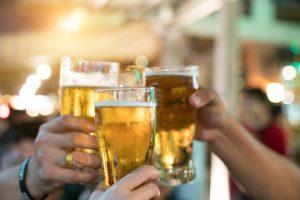 筋トレにアルコールは悪影響…